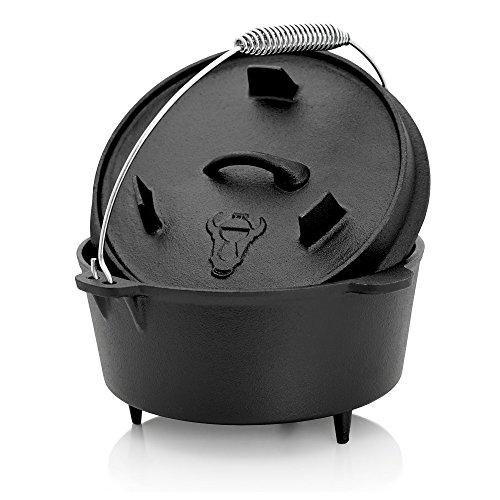 BBQ-TORO Dutch Oven Topf, Kochtopf aus Gusseisen, 4,2 Liter Gusstopf, DO4.5 Bräter mit Deckelheber, Deckel mit Füße, Outdoor Feuerkessel für Barbecue, Camping, Garten und Grillen - 1